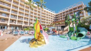 TUI FAMILY LIFE Avenida Suites Splash Pool